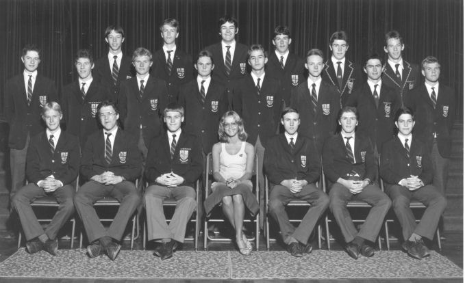 Standard 10  Sixth Form: Tony Barry, Dale Schultz, Philip Parkhouse, Gregan Greet, Vaughn Pakes, 'Mufta' Woolatt, Russell 'Jodi' Fraser, David Mountain, Michael Rowe, Shaun Jackson, DuPlessis, Roelof Camminga, Rothman, Morrison, Derek Copp, Stewart 'Bullet' McKinlay,